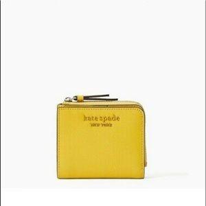 ♠️Kate Spade Sm L-Zip Bifold Wallet Cameron Yellow